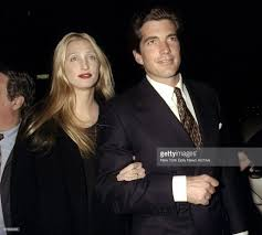 carolyn bessette kennedy john kennedy and caroline bessette attending party celebrati