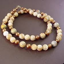 pearls necklace meaning images Mother of pearl meaning properties necklaces bracelets jpg