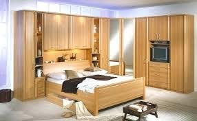 chambre a coucher avec pont de lit chambre lit pont adulte chambre a