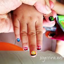 what to do in phnom penh have your nails done and get a nail art