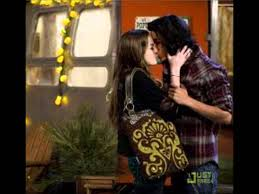 robbie theslap hollywood arts victorious will tori and beck dating on victorious jade theslap hollywood