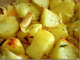 cuisiner la pomme de terre pommes de terre rôties aux oignons rouges le cuisine de samar