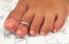 pedicure gel toe nails beautify themselves with sweet nails
