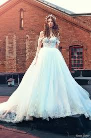 Cinderella Wedding Dresses 10 Cinderella Inspired Gowns For Brides Of All Ages
