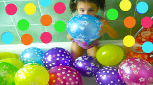 fun way to learn color for toddlers in the balloon bath colour
