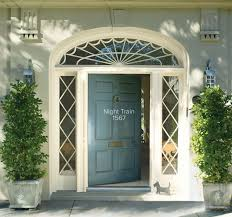 how to paint the front door front entrance paint ideas and inspiration benjamin moore