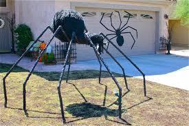Decorative Spiders 50 Easy Diy Outdoor Halloween Decoration Ideas For 2017