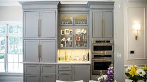 does paint last on kitchen cabinets top ranked kitchen cabinet painting company prime time