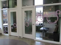 retail signs graphics wrap city graphics retail signage bubbly paws cut vinyl window graphics