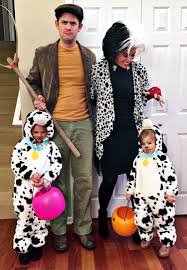 halloween costumnes 31 best family halloween costumes ideas for 2017