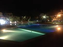 apartment with private pool area exceptionally well maintained