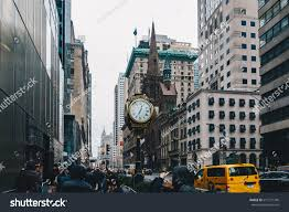 trump tower gold new york city usa march 18 stock photo 611271746 shutterstock
