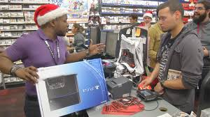 gamestop black friday video of thousands of shoppers waiting in line hours ahead of