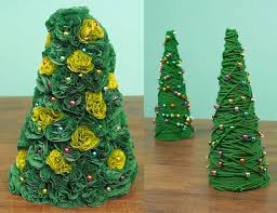 miniature christmas trees how to make 2 miniature christmas tree projects diy crafts