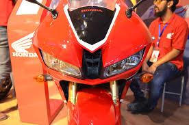 honda cbr 600s honda cbr 600rr at nepal auto show headlamps indian autos blog