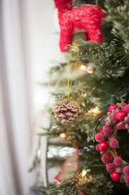 part 4 how to decorate your christmas tree with ornaments and