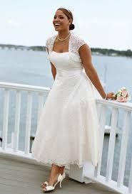 wedding dress for curvy wedding dresses le