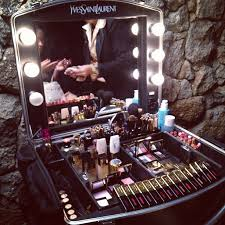 Vanity Makeup Box 62 Best Makeup Box Images On Pinterest Makeup Box Bags And Hair