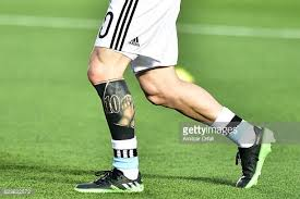 Lionel Messi Leg Messi Pictures And Photos Getty Images