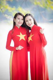 Viet Nam Flag Vietnam Flag On Ao Dai Collection Www Vietnamimmigration Org