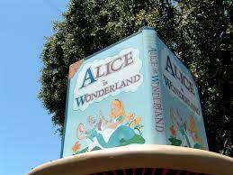alice in wonderland disneyland attraction wikipedia