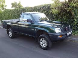 mitsubishi l200 single cab 2003 mitsubishi l200 td lwb 4wd single cab pick up 2 5 litre a