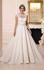 Wedding Dress With Train Traditional Lace Wedding Dress With Train Stella York