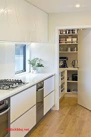 cuisine avec angle plateau tournant pour placard cuisine meuble d angle de cuisine avec