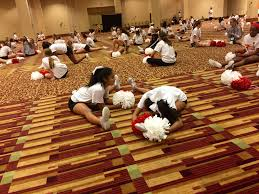 thanksgiving parade in houston all american cheerleader takes us behind the scenes at