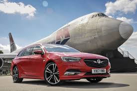 vauxhall insignia grand sport vauxhall insignia sports tourer sri nav 1 6 turbo d 136 2017