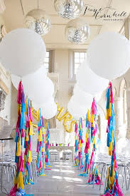 best 25 balloon centerpieces wedding best 25 large balloons ideas on black and white theme
