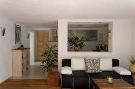küche im wohnzimmer küche und wohnzimmer in einem raum logisting varie forme