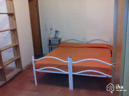 une chambre a rome chambres d hôtes à rome dans une propriété iha 62293