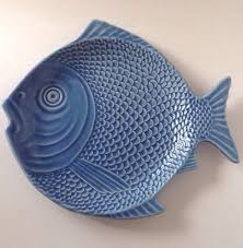 ceramic fish platter bordallo pinheiro portugal fish plate majolica pottery blue