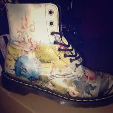 womens boots in size 9 22 dr martens shoes doc martens pascal heaven boot size