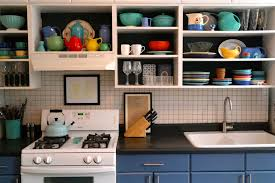 DIY Kitchen Cabinet Makeover Zillow Porchlight - Kitchen cabinet makeover diy
