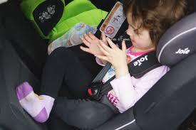 siege auto tete qui tombe on a testé le siège auto spin 360 de joie le carnet d