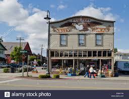 building for nasty jacks antique store in la conner washington