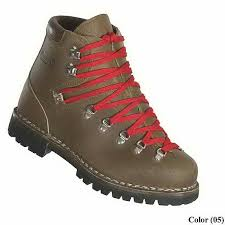 dunham s womens boots customer reviews of welt hiking boots by dunham for