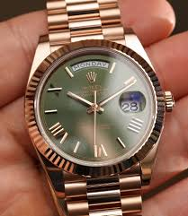 bronze diver with day date