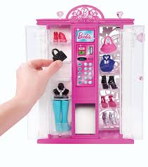 amazon com barbie life in the dreamhouse fashion vending machine