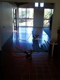 Cleaning Laminate Wood Floors With Vinegar Floor Design Ing Wood Floors With Vinegar And Alcohol Cleaning
