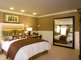 White Bedroom Wall Mirrors Bedroom Decorating White Elegant Small Bedroom Wall Mirror