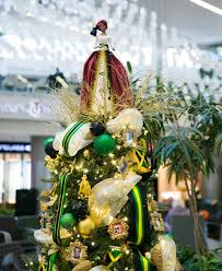themed christmas 9 ideas for an amazing jamaica themed christmas tree jamaicans