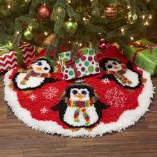 craftways penguin tree skirt latch hook kit
