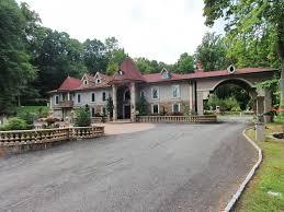 Jersey Home Decor Update Incarcerated Teresa Giudice Drops Price On Nj Mansion