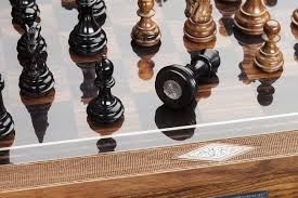 holland u0026 holland and dalmore whisky launched a luxurious chess set