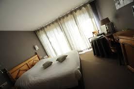 hotel alsace avec dans la chambre chambre alsace avec le balcon photo de hotel restaurant au