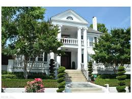 colonial mansion weekend retreat house pick of the week 1922 colonial mansion in
