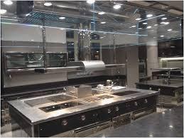 agencement de cuisine professionnelle haute pour cuisine professionnel beau fabricant de cuisine